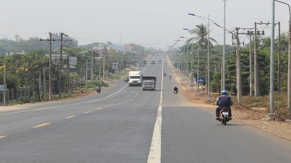 Lâm Đồng: Vì sao Bộ GTVT thu hồi trạm thu phí BOT Bảo Lộc 285 tỷ
