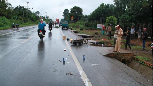 Lâm Đồng: Truy tìm chiếc ô tô gây tai nạn chết người rồi bỏ chạy