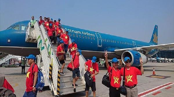 Tăng gấp đôi số chuyên cơ đi Malaysia tiếp sức đội tuyển Việt Nam