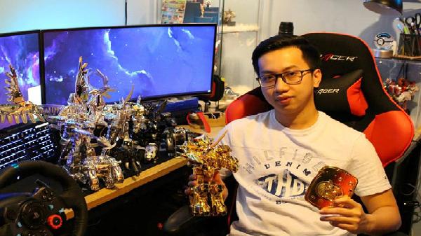 9X Lâm Đồng gặp rắc rối khi sở hữu bộ siêu nhân mạ vàng 100 triệu đồng