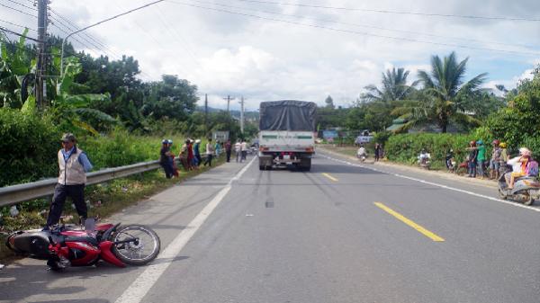 """Bảo Lộc: Đã tìm ra xe tải liên quan đến vụ """"xe tải tông xe máy làm chết người rồi bỏ trốn"""""""