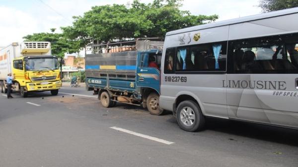 Lâm Đồng: Tai nạn xe tải liên hoàn tại điểm dừng đèn đỏ, nhiều người may mắn thoát nạn