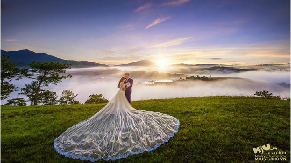 Đà Lạt – Địa điểm chụp ảnh cưới đẹp mùa cuối năm không thể bỏ lỡ