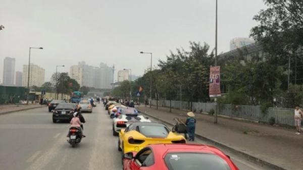 """Người đẹp xứ Lạng đồng hành Cường Đô la đi """"phượt"""" bằng siêu xe"""