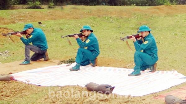 """Bắc Sơn xây dựng lực lượng dân quân tự vệ """"vững mạnh, rộng khắp"""""""