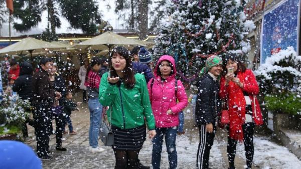 Tháng 12 này, lên Sa Pa ngắm tuyết với Lễ hội mùa Đông thôi!