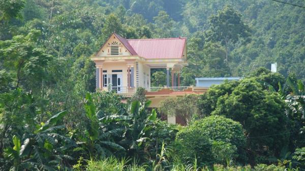 Kỳ tích xóm biệt thự tiền tỷ giữa rừng quế ở Lào Cai