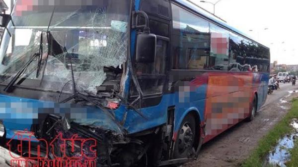 Tai nạn giao thông gây ách tắc trên Quốc lộ 4D đoạn Sa Pa - Lào Cai