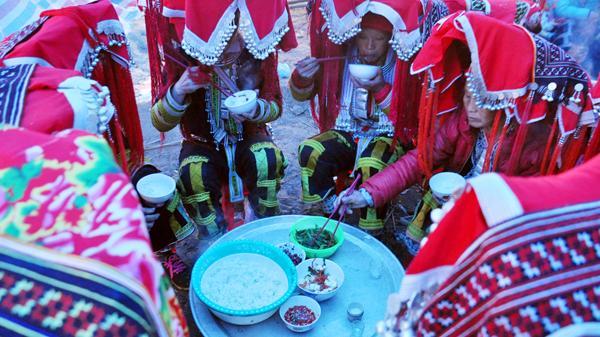 Độc đáo lễ cấp sắc 12 đèn của người Dao đỏ ở Bát Xát, Lào Cai