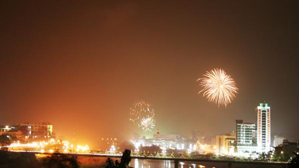 Lào Cai sẽ tổ chức bắn pháo hoa trong đêm giao thừa chào Xuân Mậu Tuất 2018