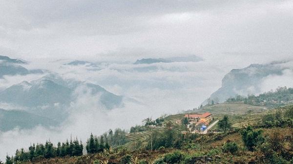Ngỡ ngàng vẻ đẹp bình yên của 'vùng đất mù sương' Y Tý