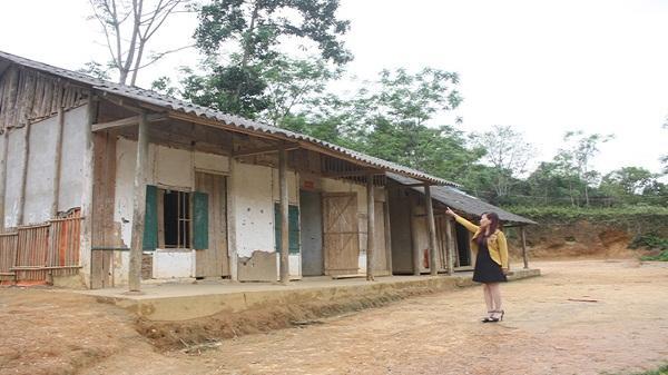 Nhiều phòng học ở Cốc Lầu xuống cấp nghiêm trọng