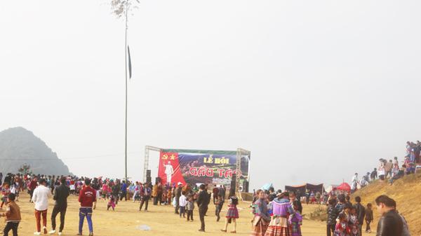 Sín Chéng, Lào Cai tổ chức lễ hội Gầu Tào