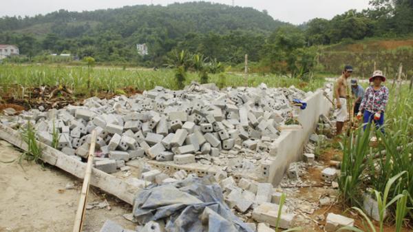 Bảo Thắng: Người dân tự tháo dỡ 60 công trình xây dựng trái phép