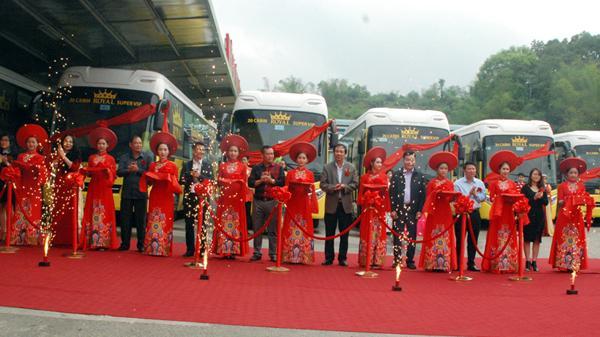 Khai trương xe siêu Vip chạy tuyến Hà Nội - Lào Cai - Sa Pa