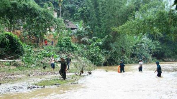 Mặt trận Tổ quốc Việt Nam hỗ trợ 1,3 tỷ đồng cho 9 tỉnh miền núi phía Bắc bị thiệt hại do mưa lũ