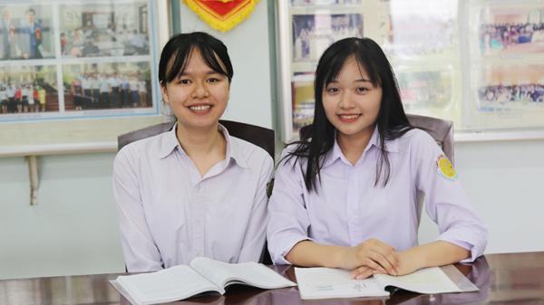 Hai nữ sinh Lào Cai giành học bổng của các trường đại học Mỹ