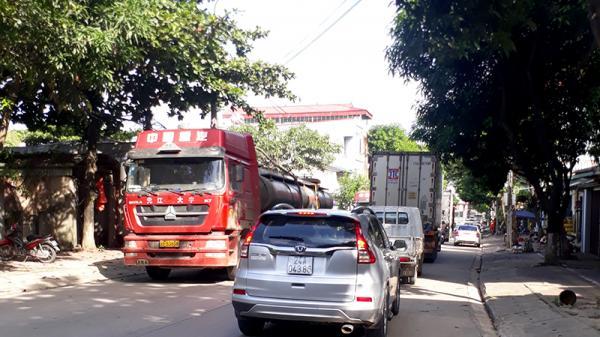Cấm xe đầu kéo từ nút giao IC19 cao tốc Nội Bài – Lào Cai vào đường Nhạc Sơn