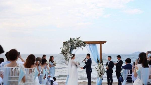Cô dâu Bắc Giang cùng chú rể khiêu vũ trong đám cưới ven biển đẹp như mơ