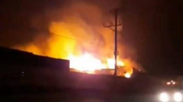 Phú Thọ: Cháy lớn tại ở KCN Thụy Vân từ đêm đến sáng