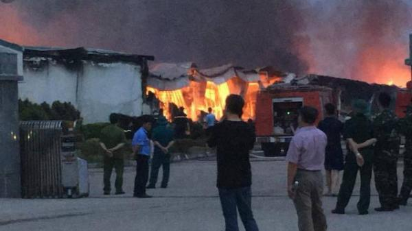 Phú Thọ: 3 nhà xưởng của công ty Yakjin bị thiêu rụi sau đám cháy suốt đêm