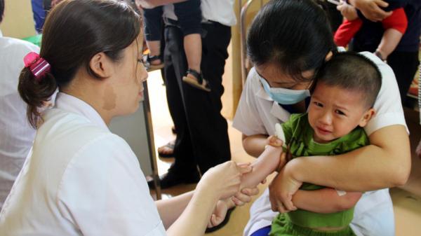 7 huyện, thành phố ở Bắc Giang sử dụng vắc-xin ComBe Five thay thế Quinvaxem từ tháng 7/2018