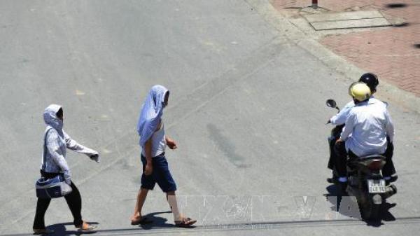 Ngày mai 20/6, nắng nóng tiếp tục bao phủ ở Bắc Bộ và Trung Bộ