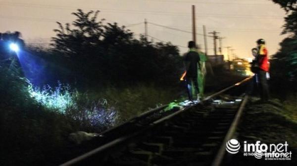 Nằm trên đường ray, 1 thanh niên Hưng Yên bị tàu cán t.ử vong