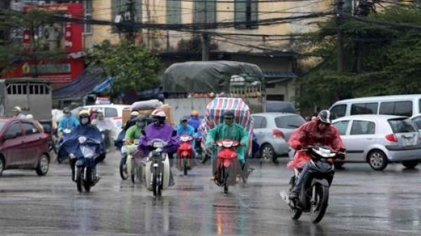 Dự báo thời tiết 4 ngày tới: Bắc Bộ có mưa dông diện rộng, ngày vẫn nắng nóng