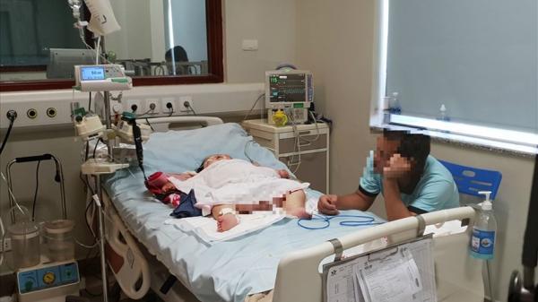 Bé gái Yên Bái suy đa tạng chỉ vì một vết xước, chưa rõ nguyên nhân