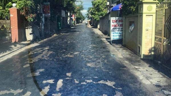 Nắng nóng khủng khiếp, mặt đường chảy nhựa loang lổ ở Hưng Yên