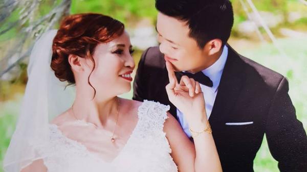 """Chàng trai 26 lấy vợ 61 tuổi: """"Tôi cưới người tôi yêu nhưng họ nhìn tôi như tội phạm"""""""