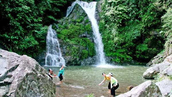 Những thác nước đẹp, quyến rũ nhất định phải đến một lần ở Hòa Bình