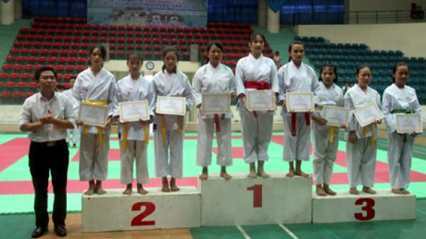120 vận động viên tham dự Giải Karatedo các câu lạc bộ tỉnh Yên Bái năm 2018