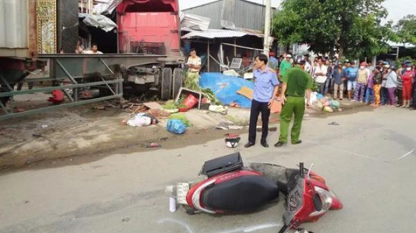 [TANG THƯƠNG]: Xe container lao vào nhà, bé gái ch.ết, 5 người bị thương nặng