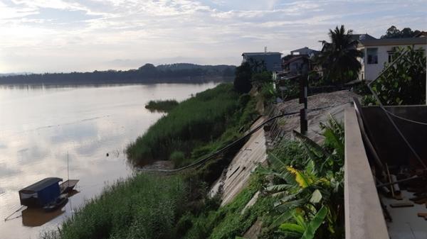 Kè sông Hồng ở Yên Bái bị đe dọa