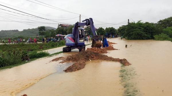 Tình trạng các tuyến đường giao thông trên địa bàn tỉnh Phú Thọ sau cơn bão Sơn Tinh