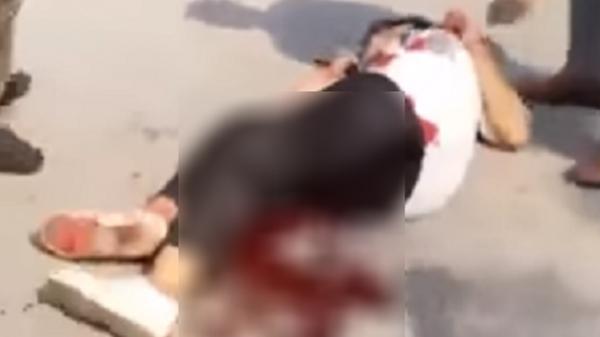 2 nữ sinh đánh nhau, 1 người bị đâm gục tại chỗ