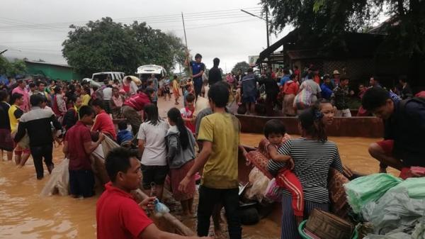 Chùm ảnh: Hơn 6 nghìn người lâm cảnh vô gia cư sau vỡ đập ở Lào