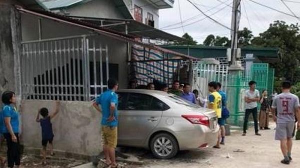 Điện Biên: Nữ tài xế đạp nhầm chân ga, lao ô tô vào nhà dân, 1 người ch.ết, 1 người bị thương nặng