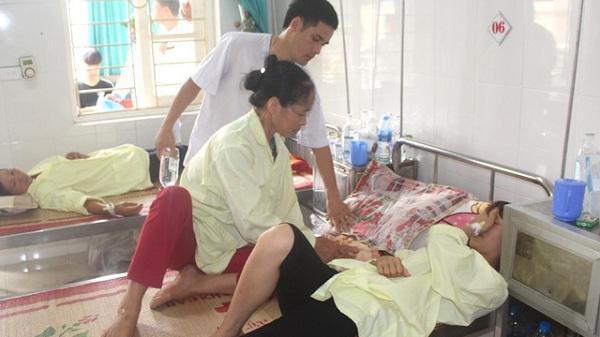 Vụ cả trăm người nhập viện sau khi ăn cỗ cưới ở Hải Dương: Hầu hết bệnh nhân đã về nhà