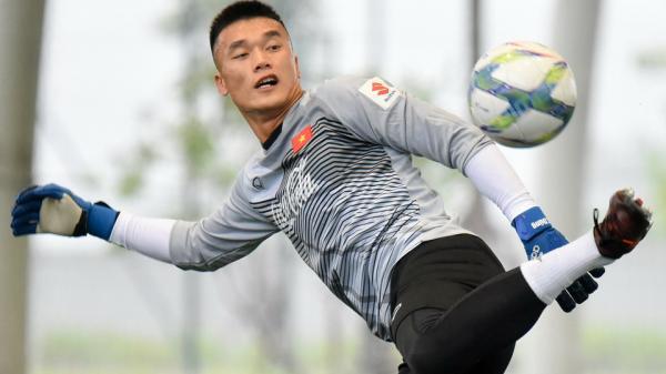 Văn Lâm, Văn Quyết sẽ đẩy hàng loạt ngôi sao U23 lên ghế dự bị?