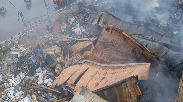 Cháy chợ Gạo Hưng Yên: Phải xin chi viện từ Cảnh sát PCCC Hà Nam