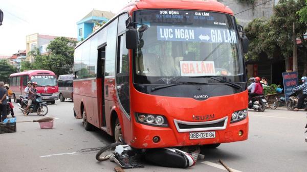 Lục Ngạn (Bắc Giang): Va chạm với xe khách, 1 người đàn ông t.ử vong