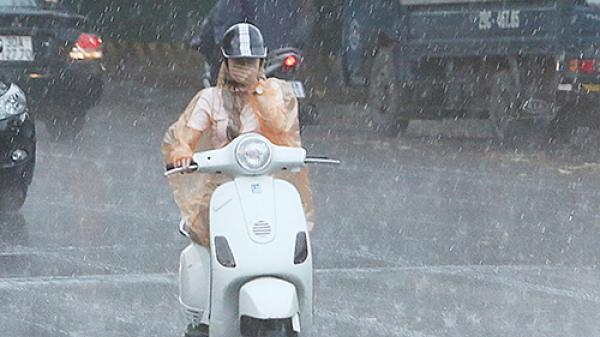 Đêm nay Bắc Bộ mưa giông trở lại, Phú Thọ có nguy cơ lũ quét và sạt lở đất cao