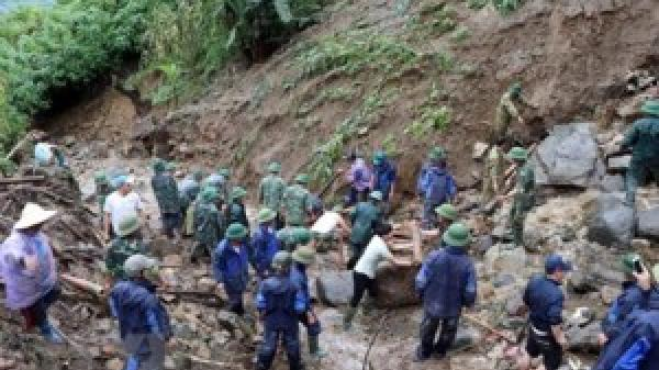 Lai Châu: Nỗ lực tìm kiếm 6 nạn nhân mất tích do lở đất