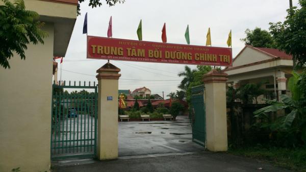 """Vụ nữ huyện ủy viên Hải Dương rút 800 triệu ngân sách: Dùng một phần tiền """"chúc Tết tỉnh, huyện"""""""