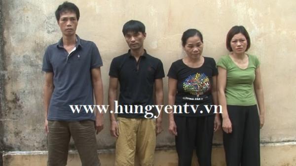 Bắt quả tang nữ quái tổ chức đánh bạc tại nhà ở TP Hưng Yên