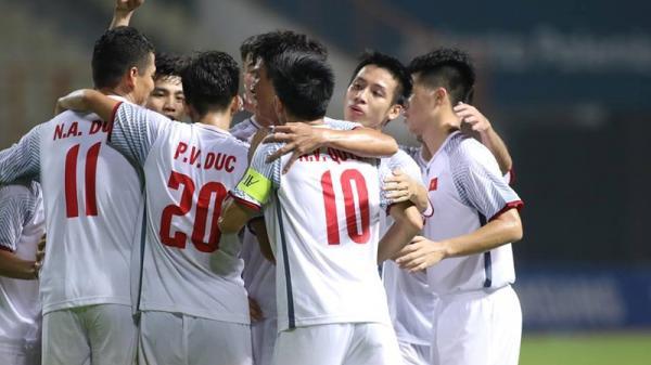 """""""Song Đức"""" toả sáng, Việt Nam hạ gục đối thủ để cùng Nhật Bản giành ngôi đầu bảng"""