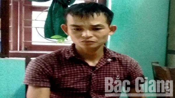 TIN NÓNG: Bắt đối tượng tàng trữ trái phép chất ma túy ở Yên Thế, Bắc Giang